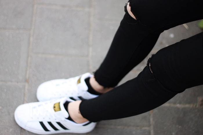 adidas superstar na nodze