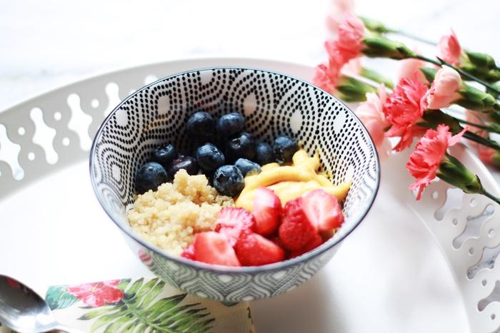 zdrowe śniadanie pomysł quinoa