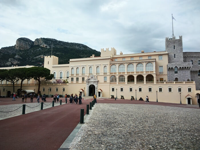 prince's palace w monako