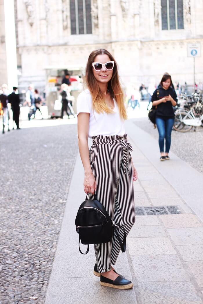 outfit ze spodniami w paski